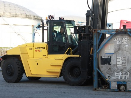 Hyster-18-12
